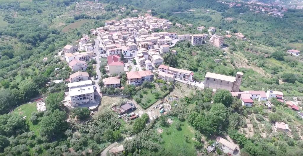 Borgo visto dal drone