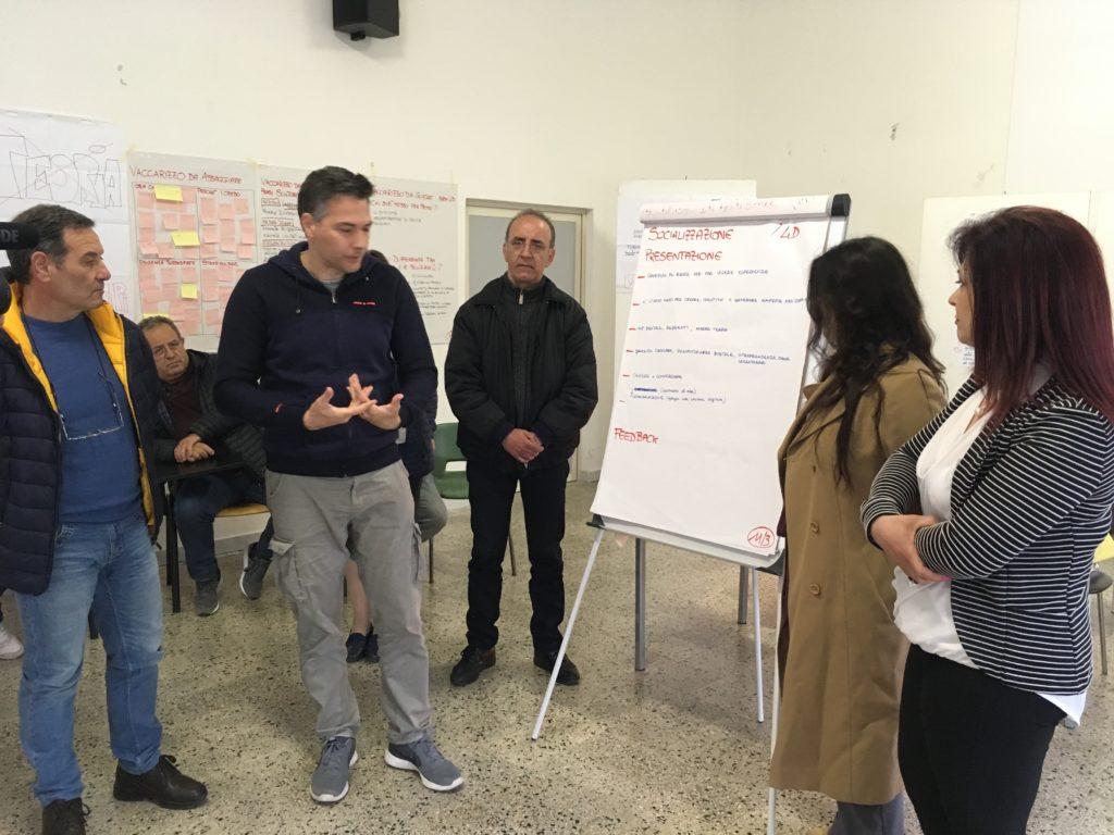 """Presentazione in plenaria del prototipo """"Socializzazione"""""""